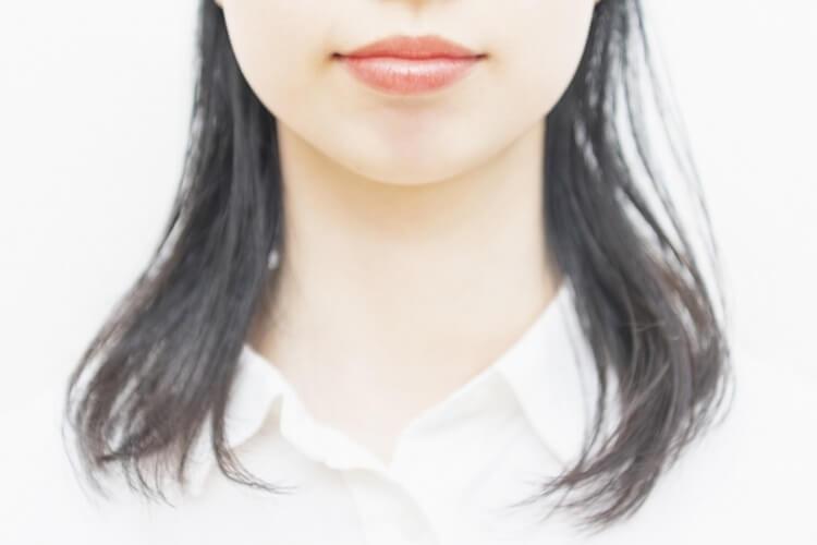 婚活写真で異性に好かれる表情のポイントとNG表情をプロが解説8