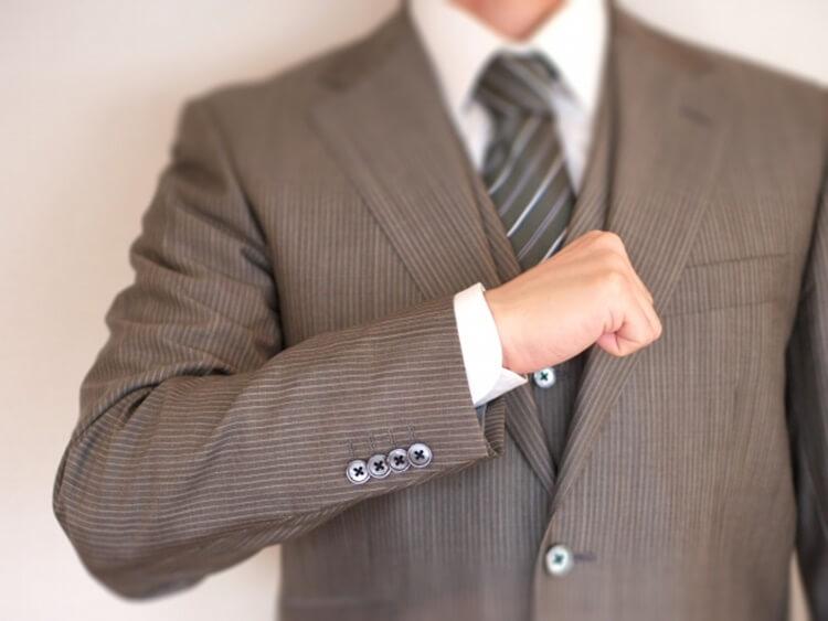 婚活写真におすすめのネクタイの色は?柄は?詳しく解説します14