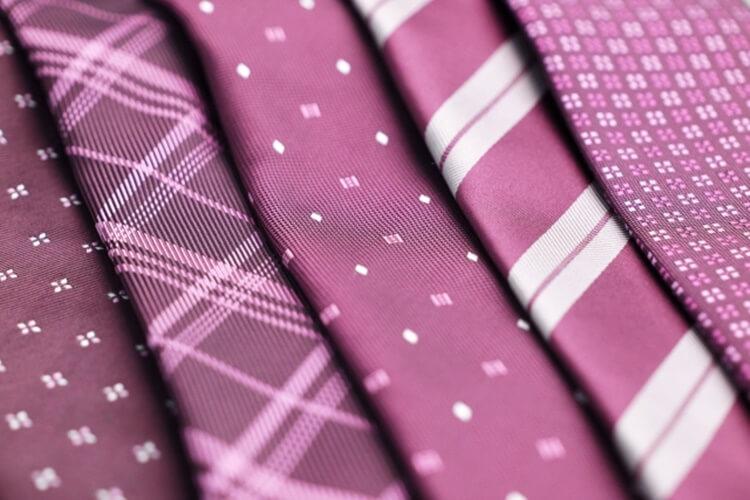 婚活写真におすすめのネクタイの色は?柄は?詳しく解説します9