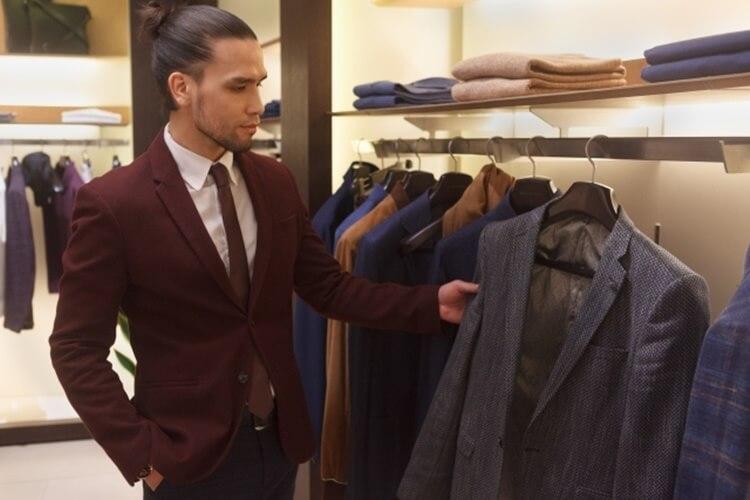 男性が婚活写真を撮る時の服装はスーツの選び方を詳しく解説15