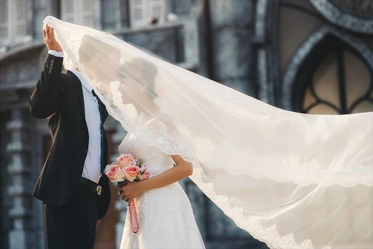 お見合い・婚活写真で30代女性が男性に選ばれるための服装を紹介
