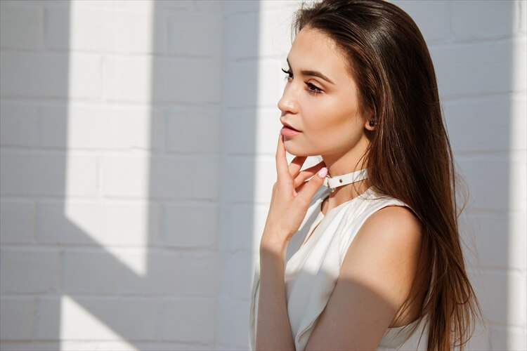 【40代婚活女性】男性の目を引く婚活写真の髪型とは?アピールすべき印象やセット方法も紹介
