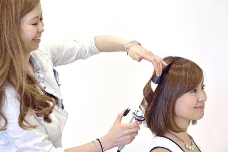 女性の婚活写真の印象は髪型で変わる!セット方法やポイントを紹介10